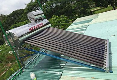 Máy nước nóng Herasun HE58-24 240 lít (Thực tế)